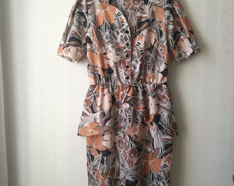 Beautiful terracotta patterned peplum dress, 80's does 40's