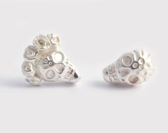 Silver Skull Earrings, Skull Studs, Tiny Skull Earrings, Goth Earrings, Sugar Skull Earrings, Skull Post Earrings, Frida Earrings