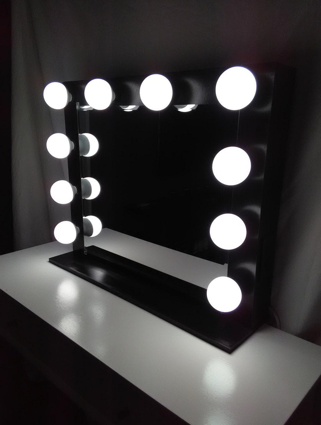 Vanity Lights With Dimmer : Vanity mirror with lights Dimmer and 2plug outlet