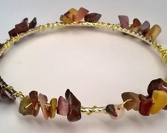 Red Agate and Brown Jasper Stone Chip Wire Wrap Bangle Bracelet, Healing Stone, Stackable, Under 20, Bracelet, Stone Chip, Beach, Boho, Love