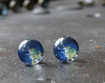 Earth stud earrings