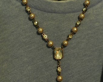 A Pretty Y Necklace with Pearls and Faux Diamonds