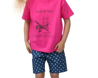 """SALE, Kids T-Shirt, DREAM BIG, Amelia Earhart, """"I know no bounds"""""""