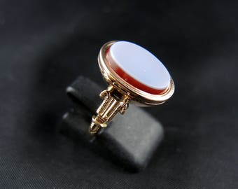 Old poison ring rose gold 14Kt and agate - 19th century / / / 14Kt rose gold Poison ring with - 19th century