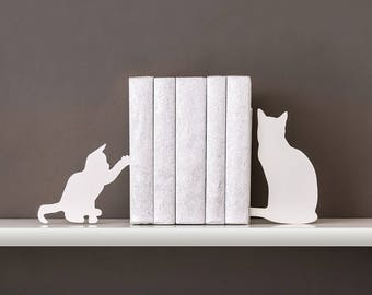 Cat bookends Cat lover gift Book ends Nursery bookends Cat lady Kids bookends Baby bookends Baby shower gift Book shelf decor - white