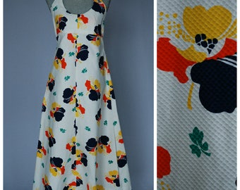 Vintage 1970s Halter Maxi Dress | Waffle-Weave Cotton Tropical Print Empire Waist Long Dress | Low Cut Open Back Size Small S