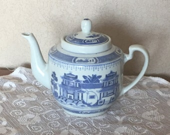 Vintage Blue and White Chinese Tea Pot