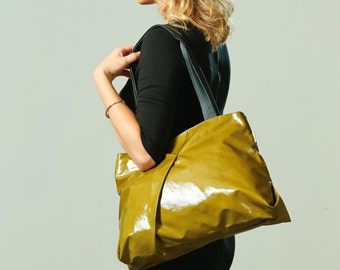 Olive Green Woman's Tote bag, Vegan Designer shoulder bag, Casual Faux leather Tote bag, Handbag With Long handles, Woman's Vegan Hobo bag