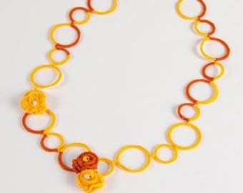Necklace made by hand, orange, yellow, cotton lace and beads wire - Margory