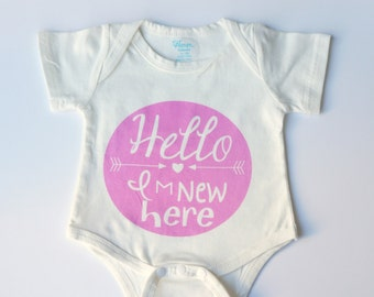 Hello I'm New Here Pink Baby Vest 0-3 Months, baby grow, baby onesie, baby gift, baby shower gift