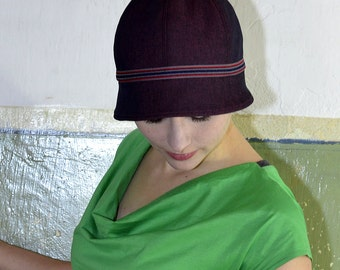 Cloche/Cloche hat, classically elegant in style of the 1920s. Size M, 7streich