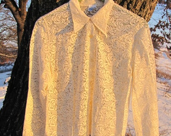 Vintage ivory lace shirt