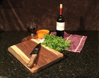 Walnut Cutting Board 3938