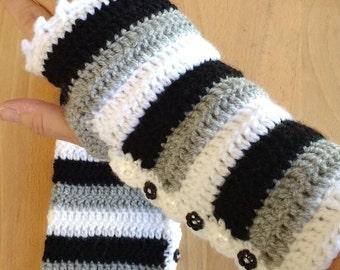 Gloves. Handmade finger-less gloves