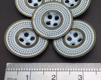 10 Pcs, 28L(Diameter 18mm) 4 hole Metal Spaceship Shaped Sew On Button, Distress White Color