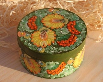 Green box Yewelry box Ring box Yellow flowers Folk box Petrykivka hand painted Wooden gift For women Gift for her Gift for Easter