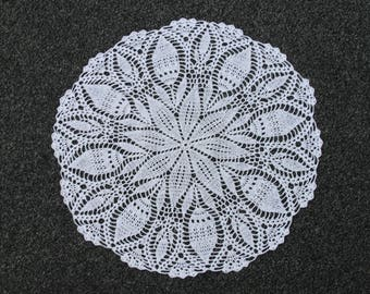 Crochet doilies Crocheted Lace Doily Rustic farmhouse Vintage Inspired Natural cotton Round Placemat White Wedding Country Style Decor