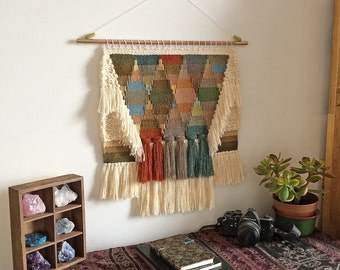 Weaving wall 26VQ by Only a paper moon - size M