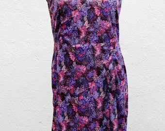 Vintage dress / 70s with lilac pink nature pattern