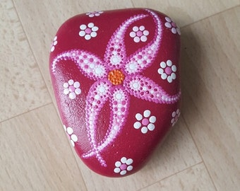 Dream flower - with acrylic-painted stone