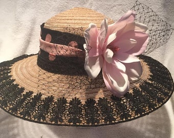 Lisa Derby Hat