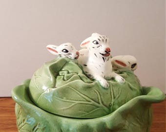 Holland Mold Cabbage Bowl with Lid and 3 Rabbits