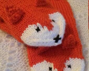Knitted Fox mittens, handknit gloves Animal mittens Orange knit mittens