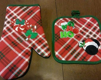 Mickey And Minnie Mouse New Christmas Pot Holders Kitchen Decoration Oven Mitt & Square set