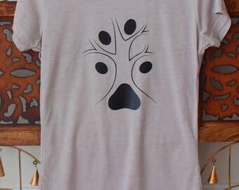 Dog lover T-shirt.