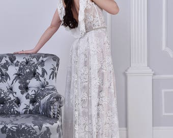Ivory lace wedding dress, with lace train, open back