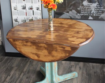 Distressed Vintage Chic Table