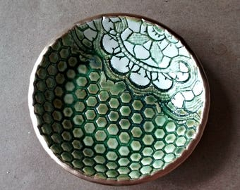 Ceramic Moss green Lace Ring Bowl edged in gold