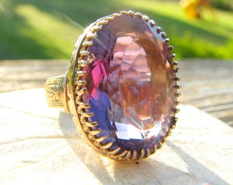 Vintage Antique Huge Amethyst Gold Ring, approx. 24 carats, Beautiful Sparkly Amethyst, Solid 10K Gold, Statement Cocktail Ring