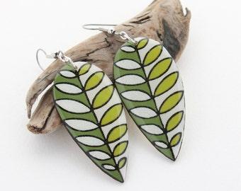 Wood Leaf Statement Earrings, Long Lightweight Dangle Earrings, Everyday Earrings, Modern Geometric Earrings, Green Leaves, Hypoallergenic