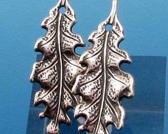 Small Oak Leaf Charm, Antique Silver, 2 Pieces AS337