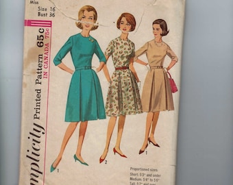 1960s Vintage Sewing Pattern Simplicity 5086 Misses One Piece Dress with Inverted Pleats Size 16 Bust 36 60s