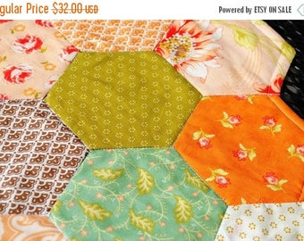 Sale Quilted Table Runner Table Topper Candle Mat Honeycomb Peach Green