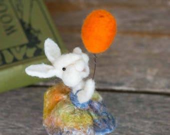Needle Felt Bunny - Needle Felted Bunny - Easter Bunny - Easter Decoration - Easter Decor - Wool Bunny - Easter Décor - Bear Creek Bunny 349