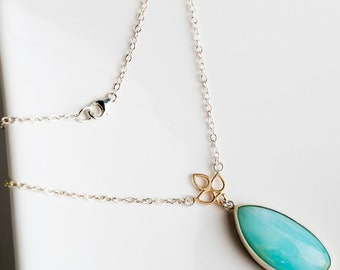 Anemone Floral Necklace, Peruvian Opal in 14k Gold & Silver