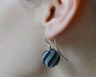 globe earrings black grey  twisted