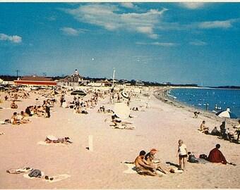 Vintage Cape Cod Postcard - Beachgoers at Craigville Beach in Centerville (Unused)