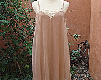 1950s Cocoa Beige Nude Chiffon Nightgown by Stern Maid Size M