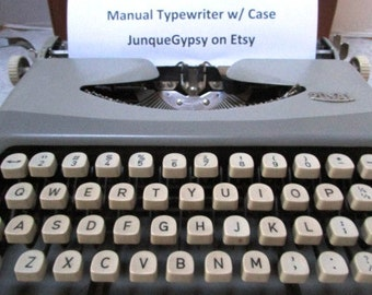 Vintage Portable Typewriter Royal Royalite w/ Case, Made in Holland Laptop Spy Trendy Wedding Guest Book Author Mad Men Office Tk Tk Tk Ding