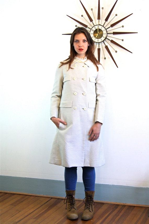 Vintage 1960s JACK FEIT Light Weight Coat White Gray Stripe Ribbed Textured Overcoat Mod Dress Coat Retro 60s Mad Men A-Line Cut Long Jacket