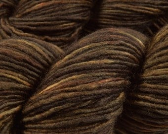 Hand Dyed Yarn - DK Weight Superwash Merino Wool Singles Yarn - Bark Tonal - Knitting Yarn, Wool Yarn, Single Ply Yarn, Dark Brown
