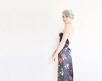 darkest navy floral satin skirt . high waist wildflower bouquet pattern .extra small.xs