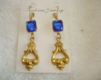 Blue Glass Stone Dangle Repousse Earrings Gold Tone