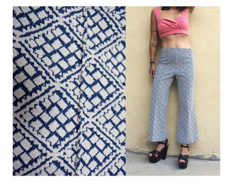 Vintage 70's bell bottom flare leg cropped stretchy print blue elastic mod hippie boho