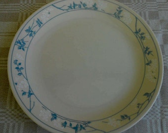 Corelle First of Spring Dinner Plates 10""