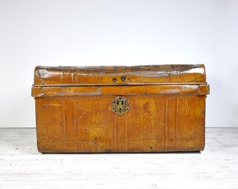 Vintage Tin Trunk, Metal Chest, Antique Travel Trunk, Metal Trunk, Industrial Decor